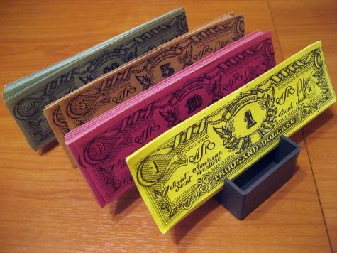 Долларовые банковские чеки
