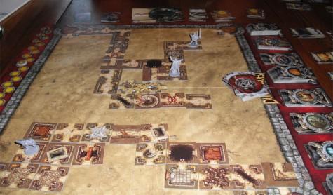 Игра «DungeonQuest» (фото взято с BGG)